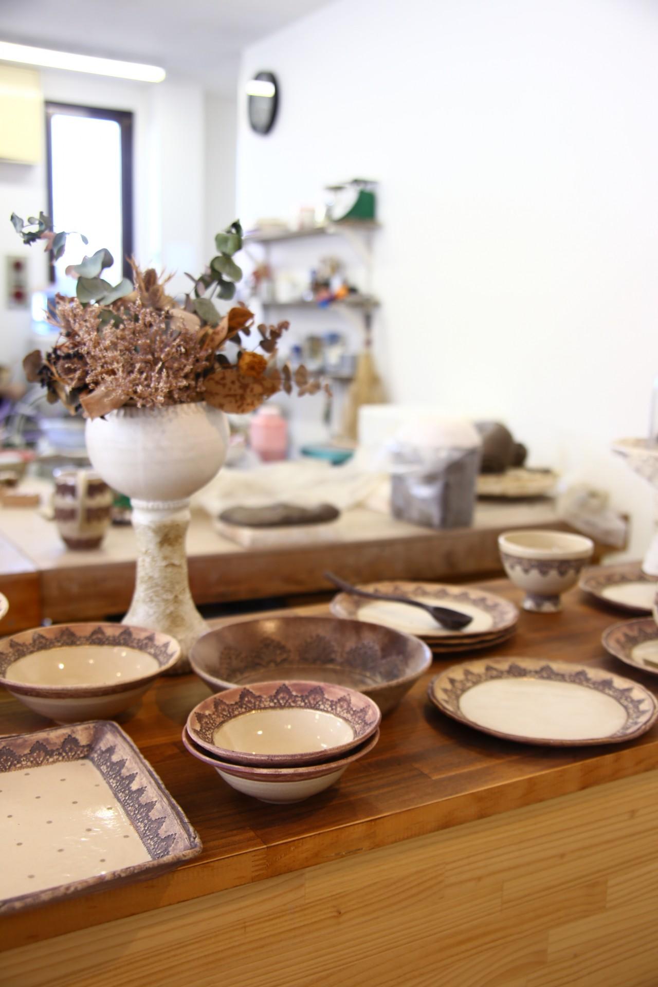 作陶スペースとギャラリーが共存した気持ちよい空間