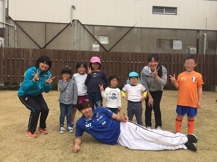 佐賀大学陸上部が工夫して指導にあたります。