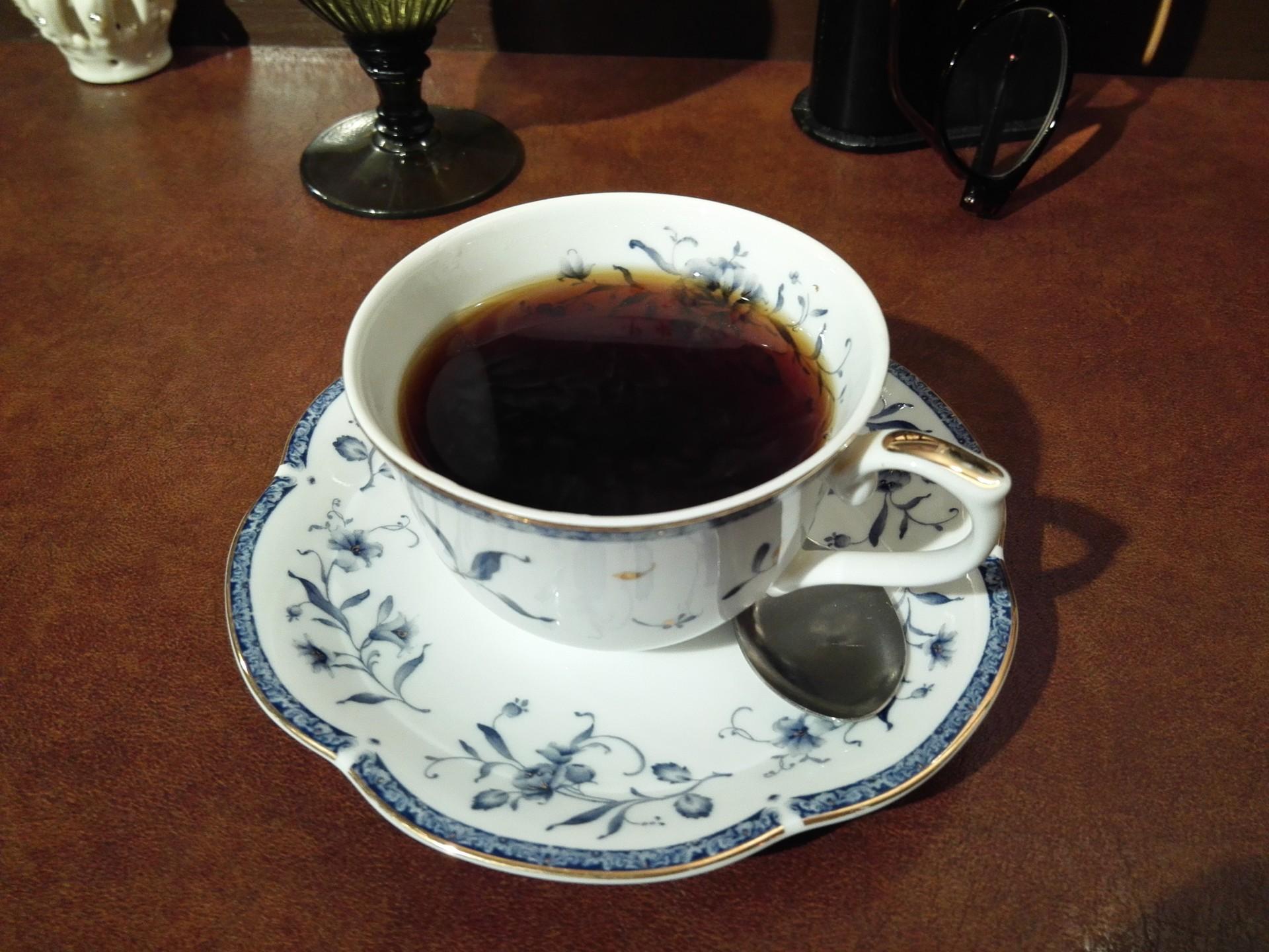 喫茶店の顔、ブレンドコーヒー