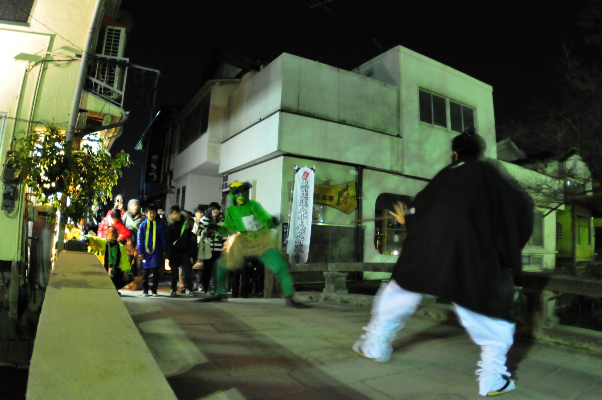佐賀のお城下ナイトウォークツアーの一コマ
