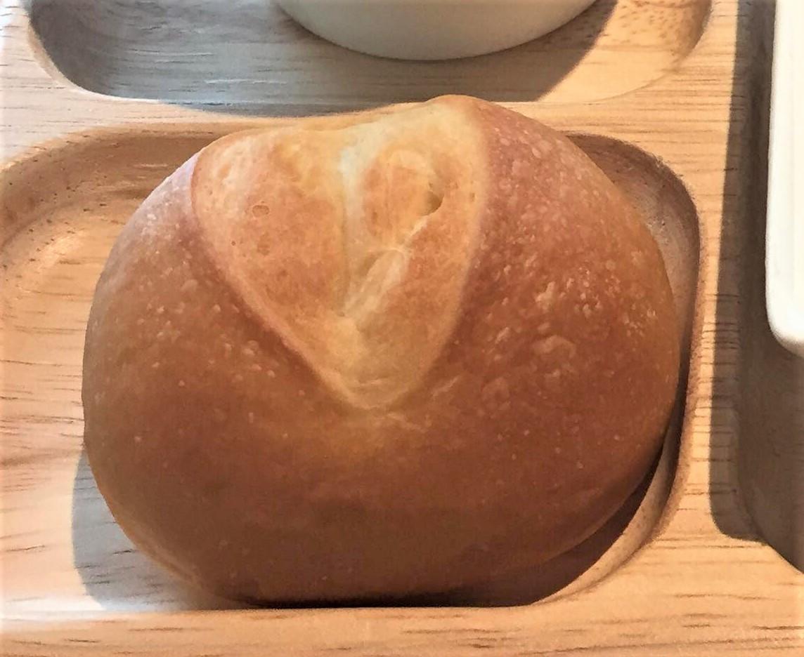 クレミアソフトのクリームが入った自家製パン
